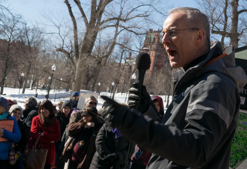 Jim Gordon, the head of Cape Wind, addresses the crowd at Boston Common