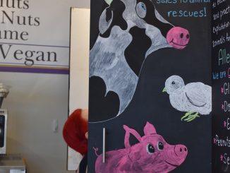 Animal-friendly sign at Jennifer LaSala's bakery