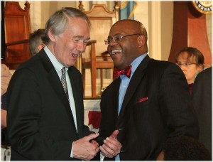 Ed_Markey_and_Mo_Cowan_at_John_Kerry_farewell_-_2013